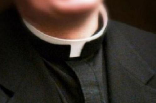 """Roma: Acusan a altos clérigos de """"comprar"""" menores por 150-500 euros"""